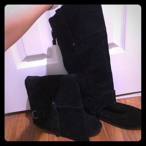 Restricted suede tall riding boots